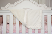 Cudle Time Embroidery Blanket Valboa Ivory