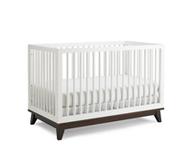 Ti Amo Moderna Island Crib in Snow White with Espresso Base