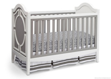 Delta Children Hollywood 3 in 1 Crib, Grey