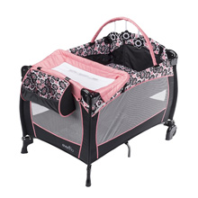 Evenflo Portable BabySuite® Deluxe Playard, Penelope