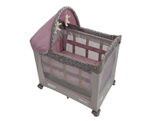 Graco Travel Lite® Crib With Stages, Mena