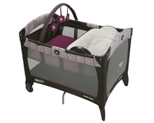 Graco Baby Pack 'n Play® Playard with Reversible Napper & Changer™, Nyssa