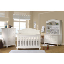 Sorelle Finley 4 in 1 Crib, 6 Drawer Dresser & Double Dresser, White