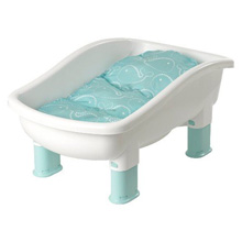 Baby's Journey Comfort Plus Perfect Height™ Tub, Whale Dot