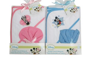Disney Hooded Towel and Washcloth Set by Baby KIng