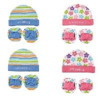 Luvable Friends Interlock Cap & Booties Set