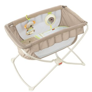 Fisher Price Deluxe Rock 'n Play� Portable Bassinet