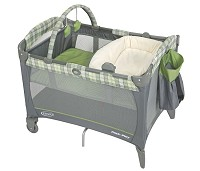 Graco Pack 'n Play® Playard with Newborn Napper and Changer Roman