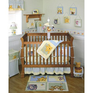 Kids Line Pooh Soft & Fuzzy 4-Pieces Crib Set