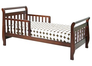 DaVinci Sleigh Toddler Bed in Cherry Finish