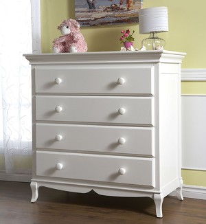 Pali Mantova 4 Drawer Dresser in White