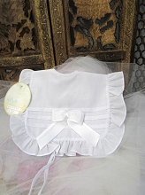 Will'beth Sweet White Ribbon Bib