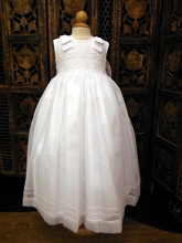 Willbeth Sleeveless Smocked Dress White