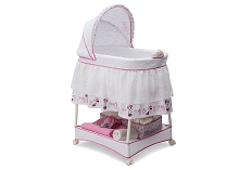 Delta Children Disney Minnie Mouse Boutique Gliding Bassinet