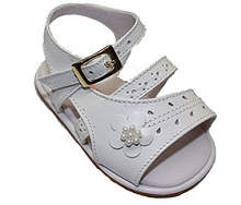 Karela Kids Girls White Sandal with Floral Detail, Newborn