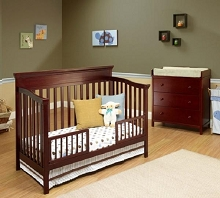 Sorelle Katherine 4-in-1 Convertible Crib