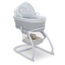 Delta Minnie Mouse Deluxe Moses Bassinet