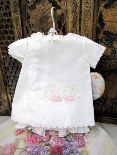 Will'beth Sweet 2 Pieces White Pink Baby Set has Embroidered Pink Bunnies Newborn