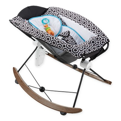 Fisher-Price Deluxe Rock 'N Play Sleeper by Jonathan Adler