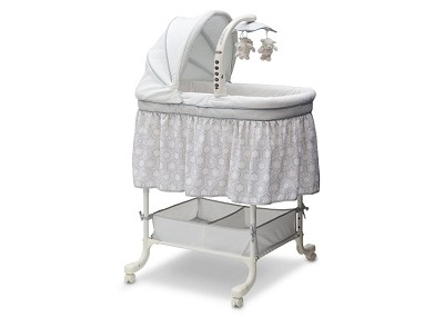 Delta Children Deluxe Gliding Bassinet in Seaside
